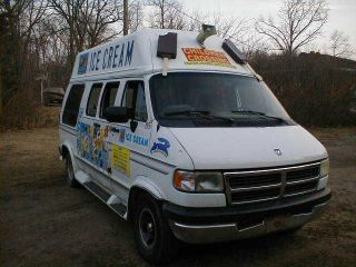 1996 Dodge Van photo