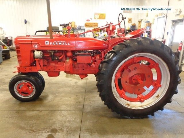 Old International Harvester : Antique mccormick farmall tractor ih international