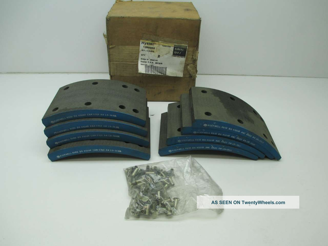 Hyster 1382968 Brake Lining Kit D395647 Other photo
