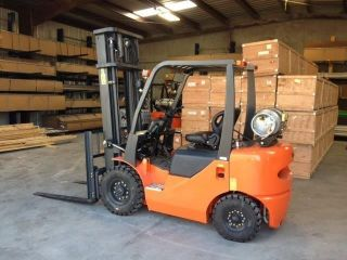 Vmax Pneumatic 4000lb Fg20l 2014 Forklift Gasoline/propane photo