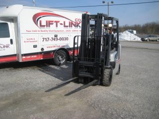 Nissan,  2009,  5000 Lbs.  Solid - Rubber - Pneumatic Tire Forklift photo