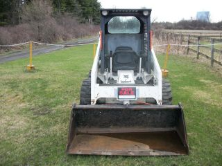 Bobcat Skidsteer 743 photo