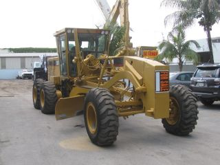 1999 Cat 140hp Motor Grader photo