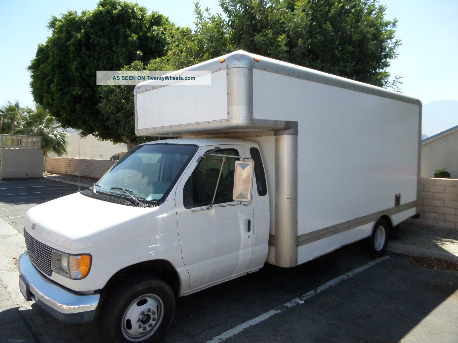 1998 Ford E350 17 Box Truck