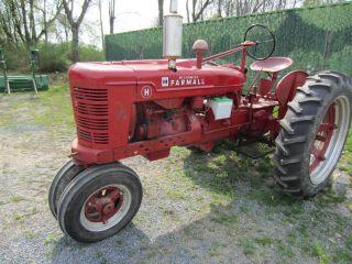 Farmall Tractor Model H 1942 photo