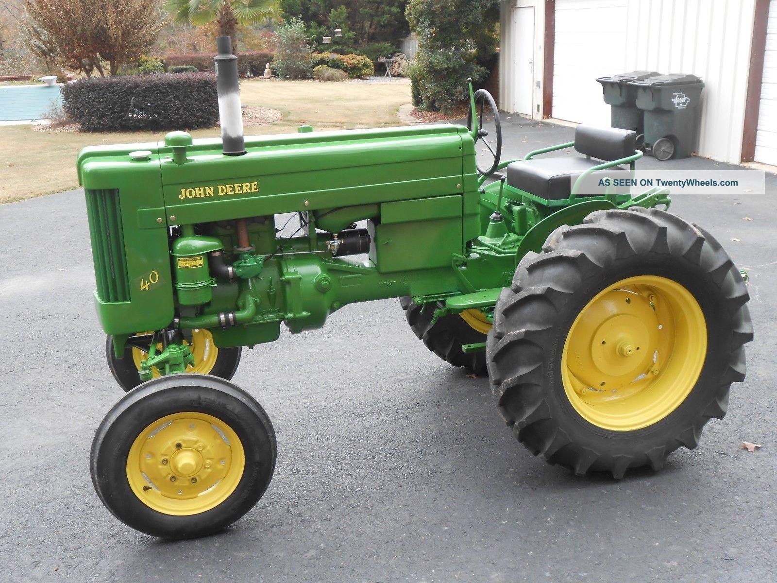 1953 John Deere Model 40 - S Tractor