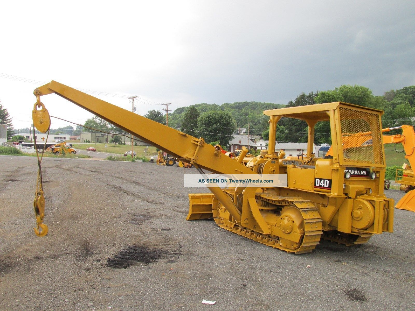 posatubi  pipelayer-posatubi Caterpillar_d4d_crawler_dozer_pipelayer_winch_good_uc_power_shift_11_lgw
