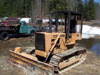 350 Case Bull Dozer photo