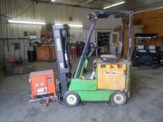 1986 Clark Electric Forklift; photo