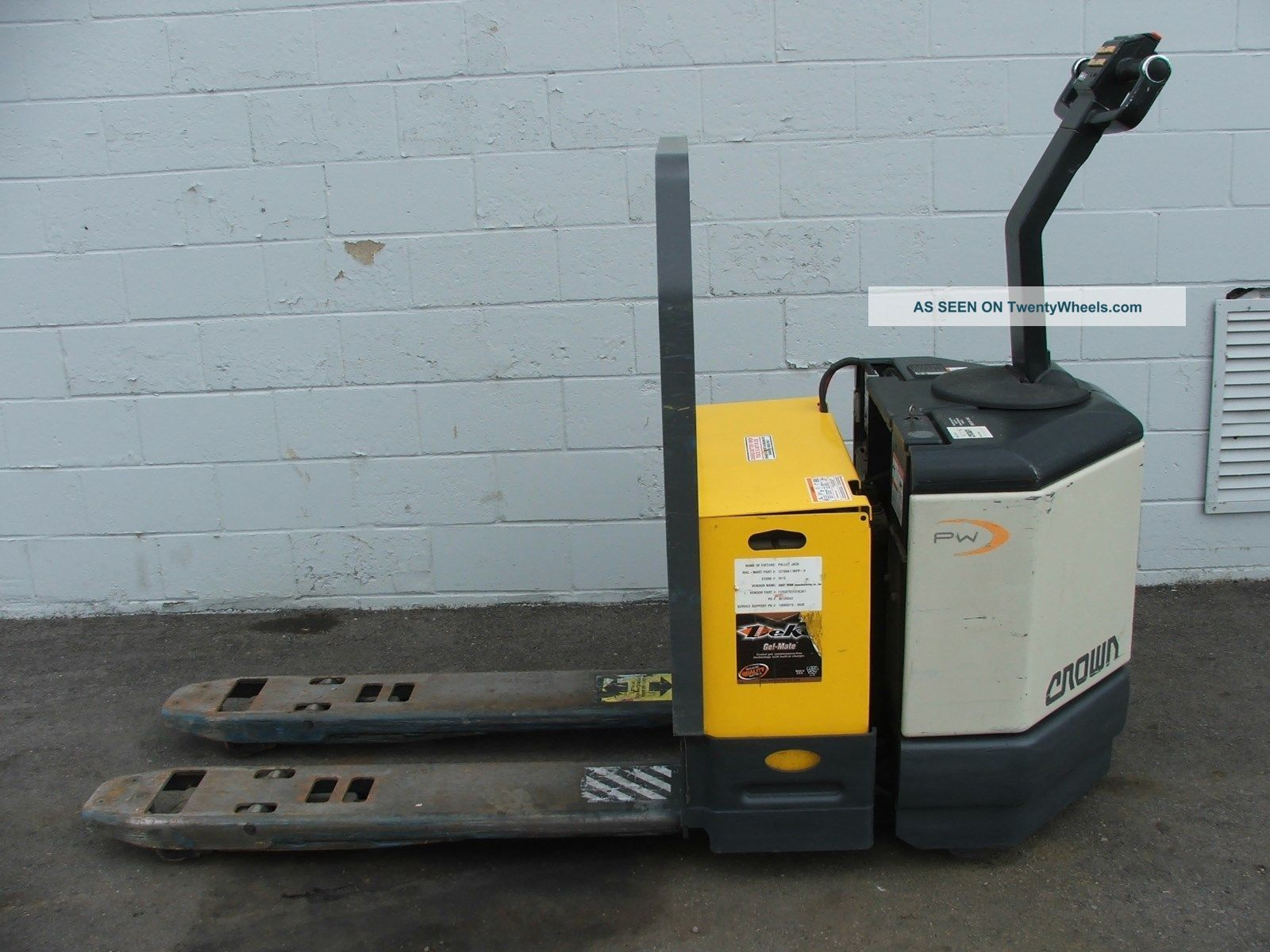 crown electric pallet jack manual
