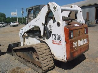 T300 Bobcat Skid Steer Loader photo