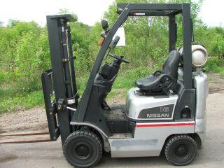 2006 Nissan 3500lb Pneumatic Lpg Forklift photo
