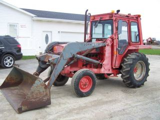John Deere Tractor With Loader,  3pt.  And Pto photo