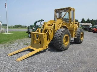 Cat 950 4x4 Articulating Wheel Loader photo