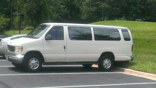 1992 Ford E350 15 Passenger Window Van photo