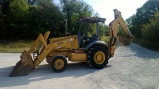 Case 580l Backhoe photo