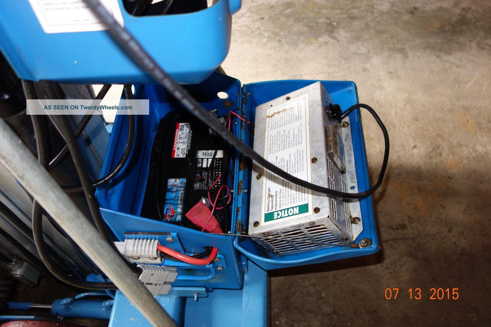 Battery Bucket Lift : Genie lift iwp battery operated man cherry