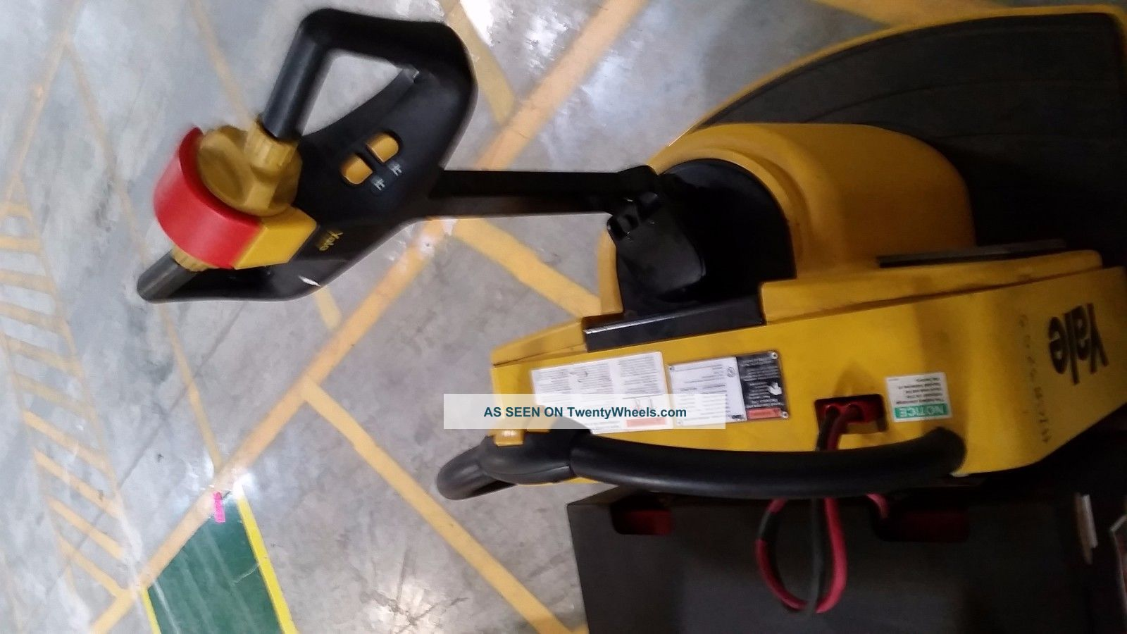 how to operate a ride on pallet jack