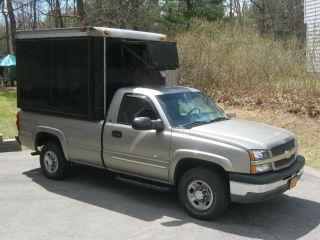 2003 Chevrolet 2500 photo