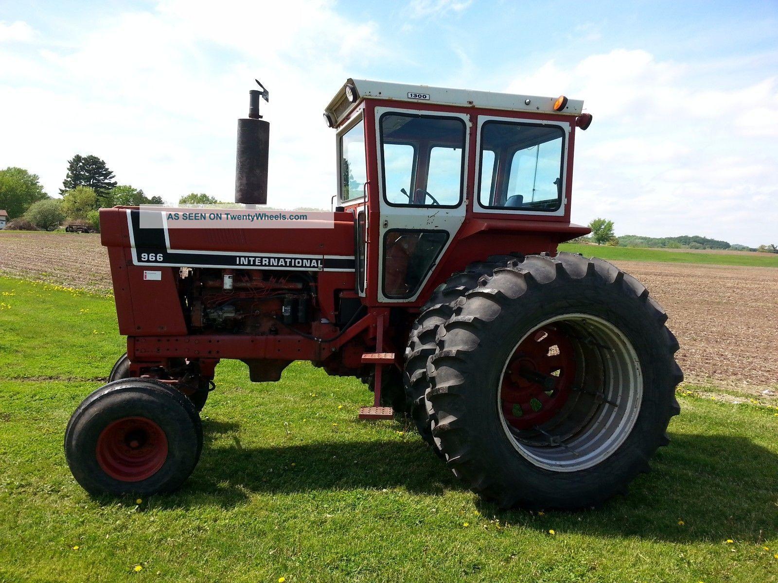 966 International Tractor : Ih international black stripe
