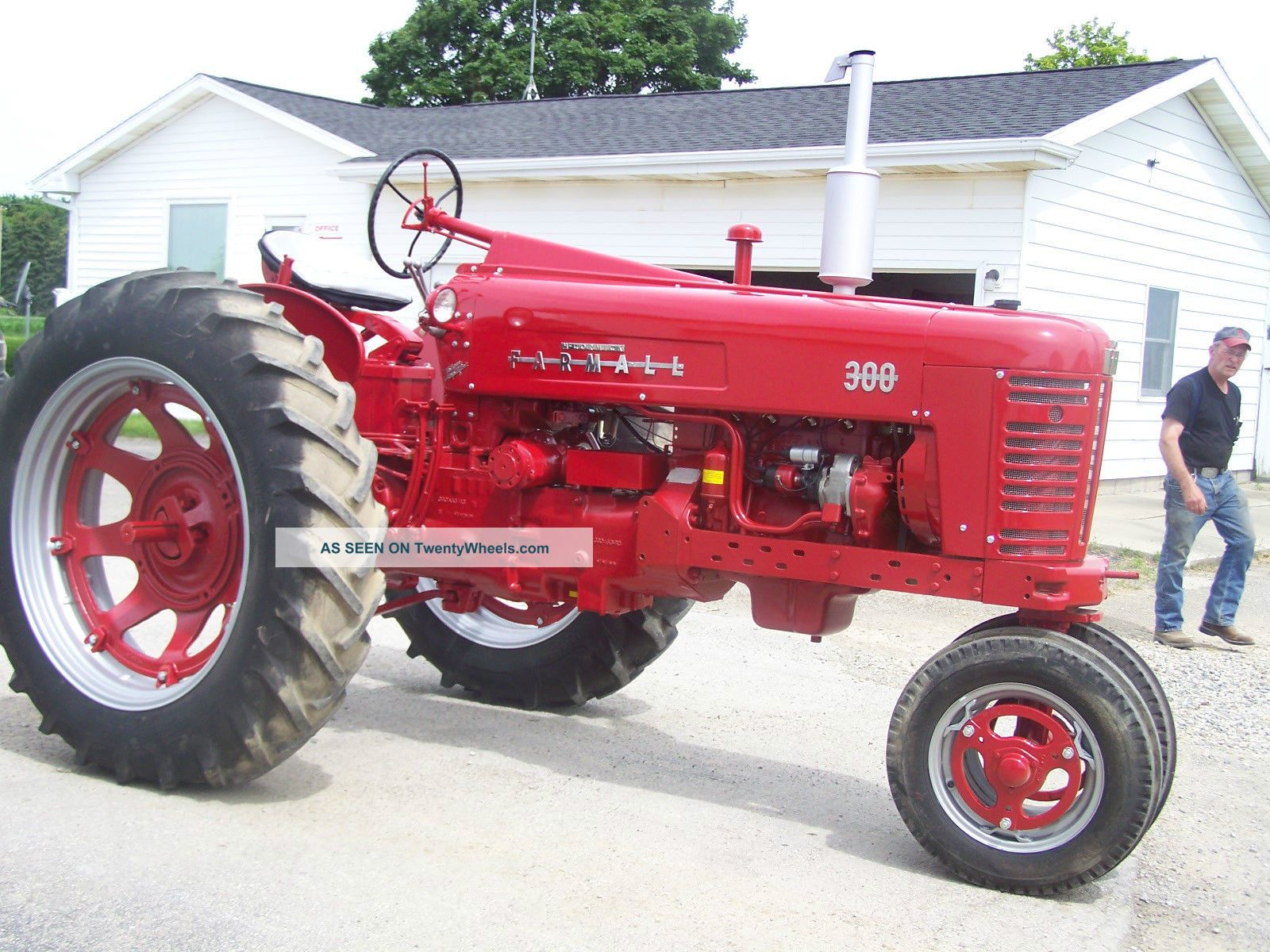 Restored Antique Tractors : Farmall tractor restored for display or parade