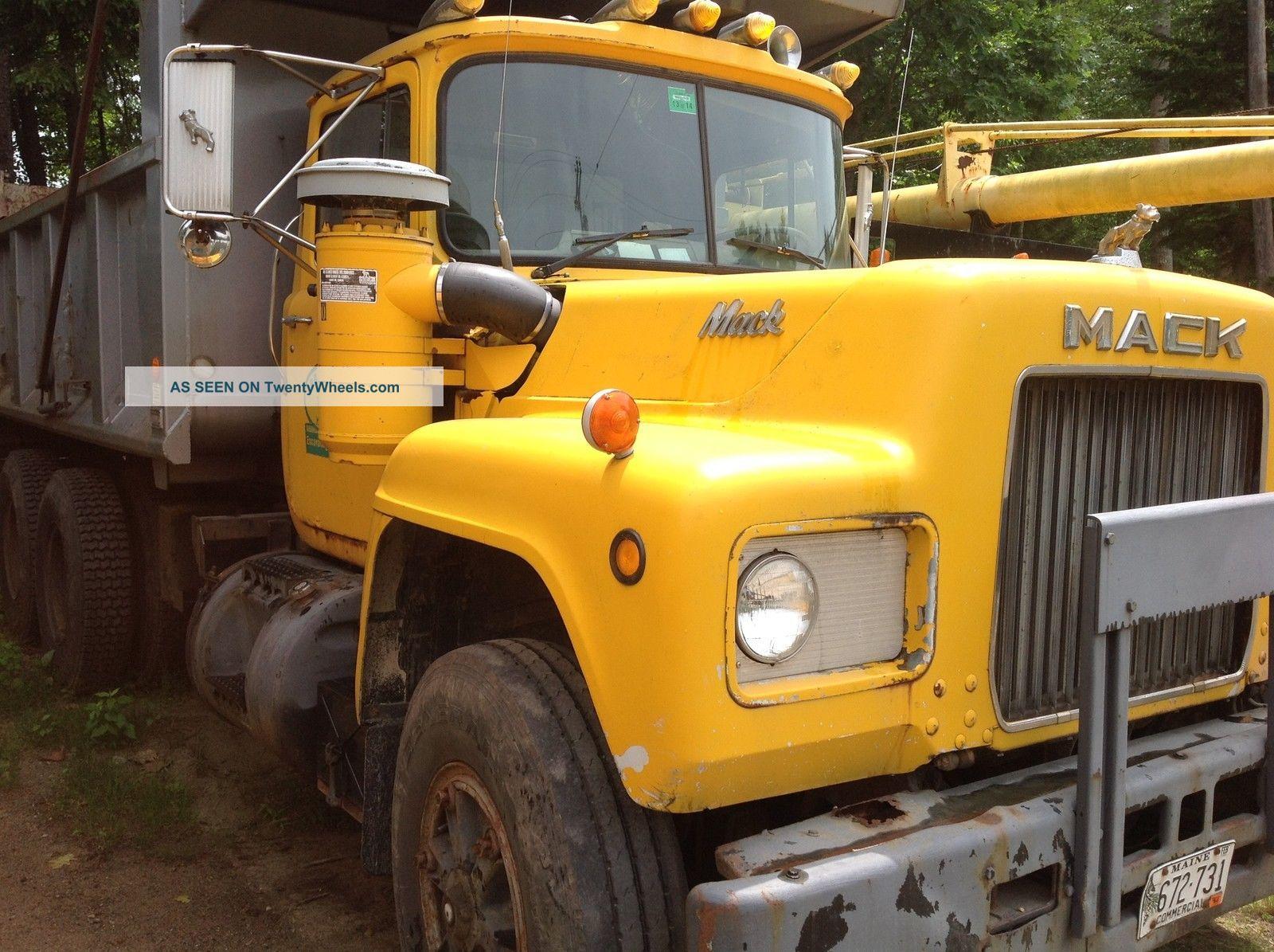 1979 Mack R685st