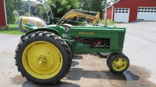 Antique 1939 John Deere H Two Cylinder Gas Tractor Pto Fenders Hand Start photo
