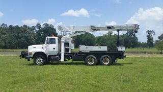 Ford F 8000 National Crane Truck Only 16,  520 Oringinal Miles photo