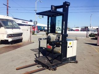2004 Crown Order Picker Sp3205 - 30 Electric Forklift 24 System photo
