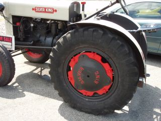1939 Silver King Working Vinatage Farm Tractor photo