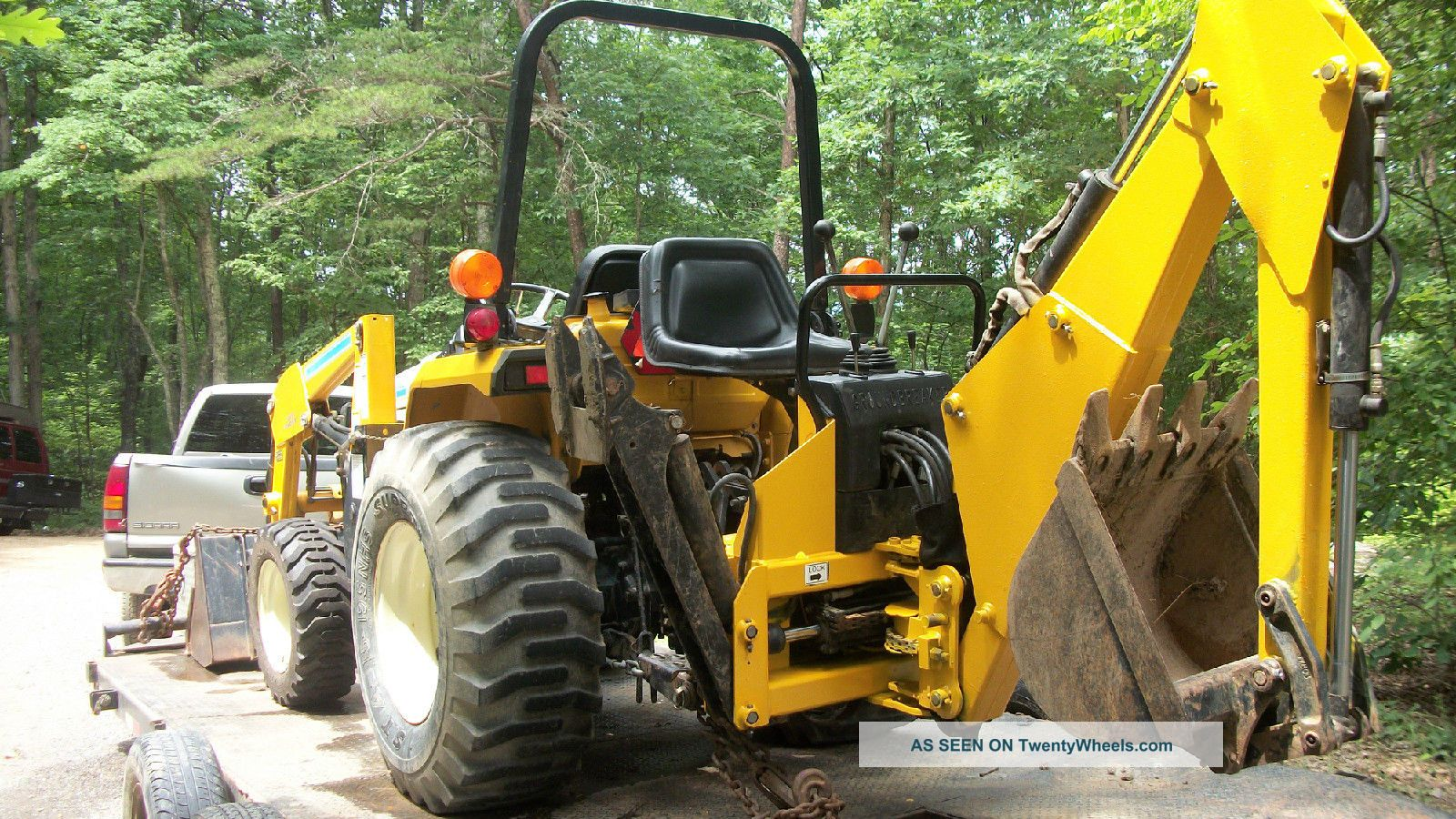 Tractor Loader Backhoe : Cub cadet compact tractor model with front loader and
