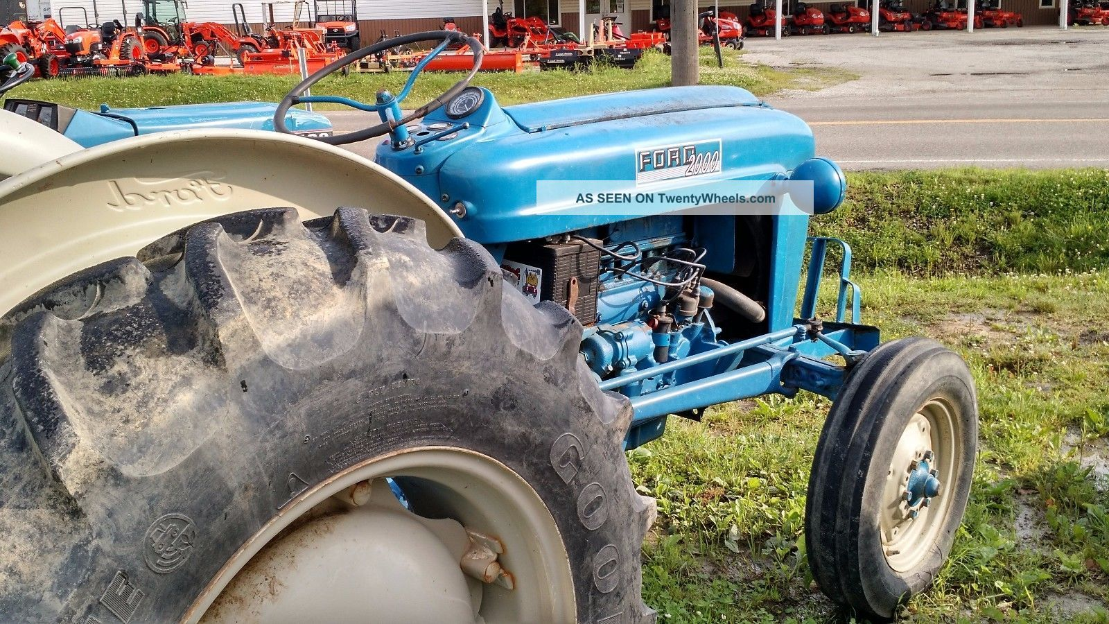 Ford 2000 Tractor 3 Cylinder : Ford gas cylinder engine wd