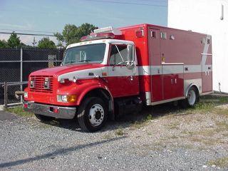 2000 International Ambulance photo