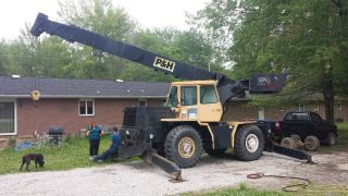 P&h W250 25 Ton Crane All Terrain photo