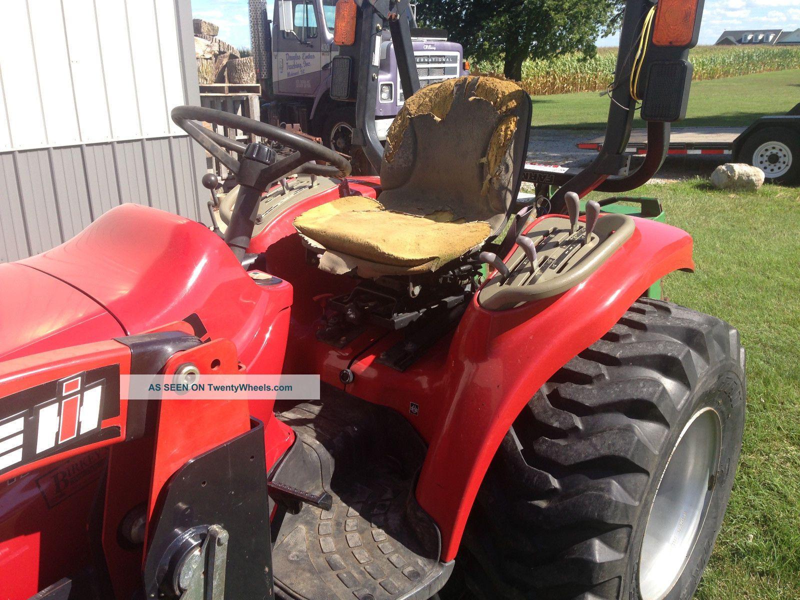 Farmall 31 Compact Tractor : Caseih farmall compact utility tractor l loader