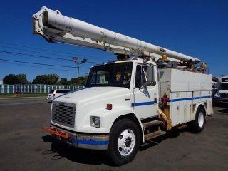 2000 Freightliner Fl70 57 ' Bucket Boom Truck photo