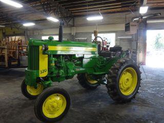 320 John Deere Tractor 320 - S 1957 Ie: 320s 330 420 420 - S Standard photo