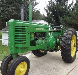 1951 John Deere G Tractor photo