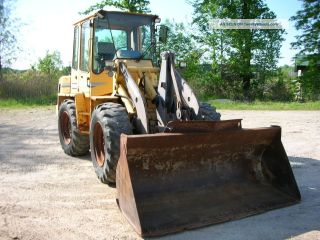 1999 Wheel Loader 2yd Bucket photo