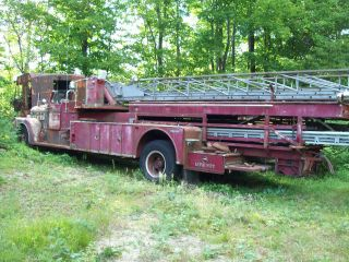 1958 Seagraves Ladder Truck photo