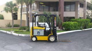 2012 Yale Forklift Erc060vgn Quad Mast 4way Valve photo