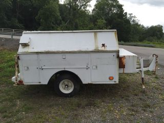 1986 Utility Bed Trailer With Title photo