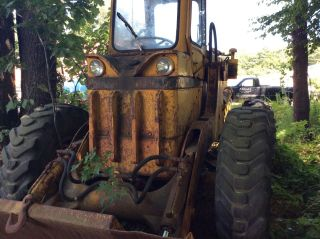 Trojan 114 Shovel Front End Wheel Loader Not Running photo