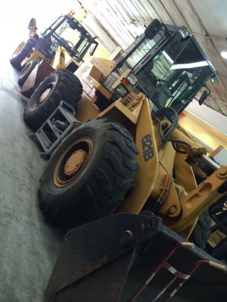 Case 621b Loader photo