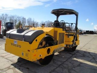 2011 Volvo Dd90hf Smooth Double Drum Roller Compactor,  Only 1540 Hrs photo