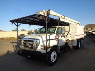 2006 Ford F750 photo