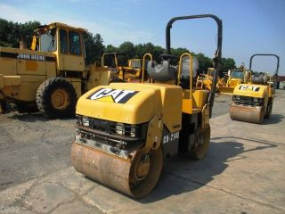 2006 Caterpillar Cb214e Smooth Drum Vibratory Roller,  Only 1703 Hours,  39