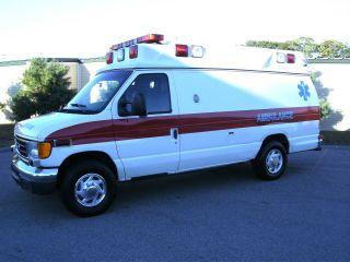 2007 Ford E350 photo