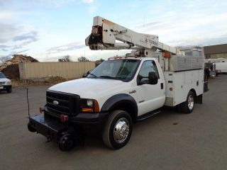 2006 Ford F450 43 ' Bucket Boom Truck photo