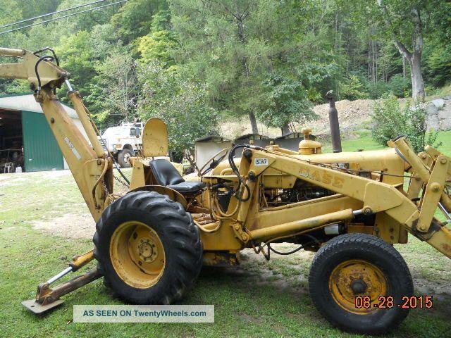 Case 530 Farm Tractor : Case loader backhoe